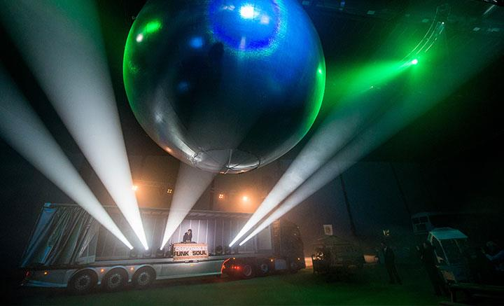 Production Ecl 1 Glitterball